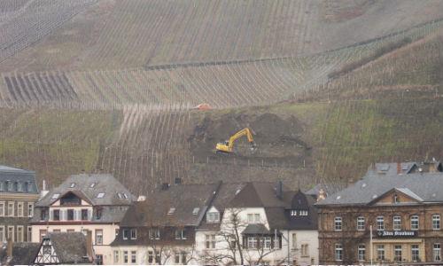 bernkastel-vineyard-excavation